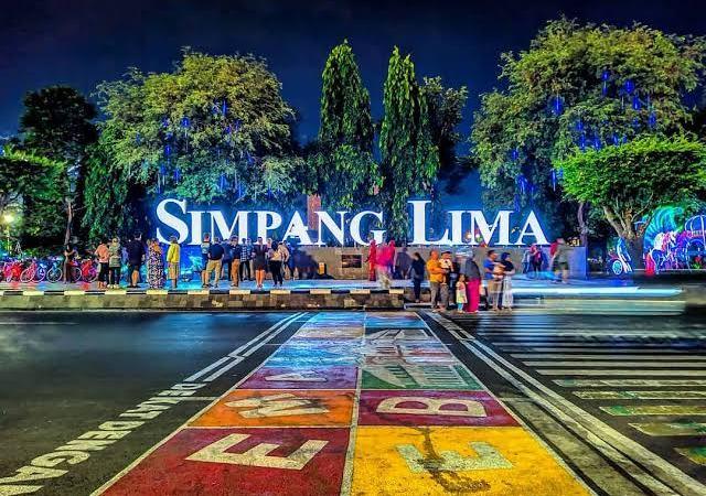 10 Hotel Murah Meriah di Simpang Lima Semarang: Pesan di Traveloka – TRENKOTA